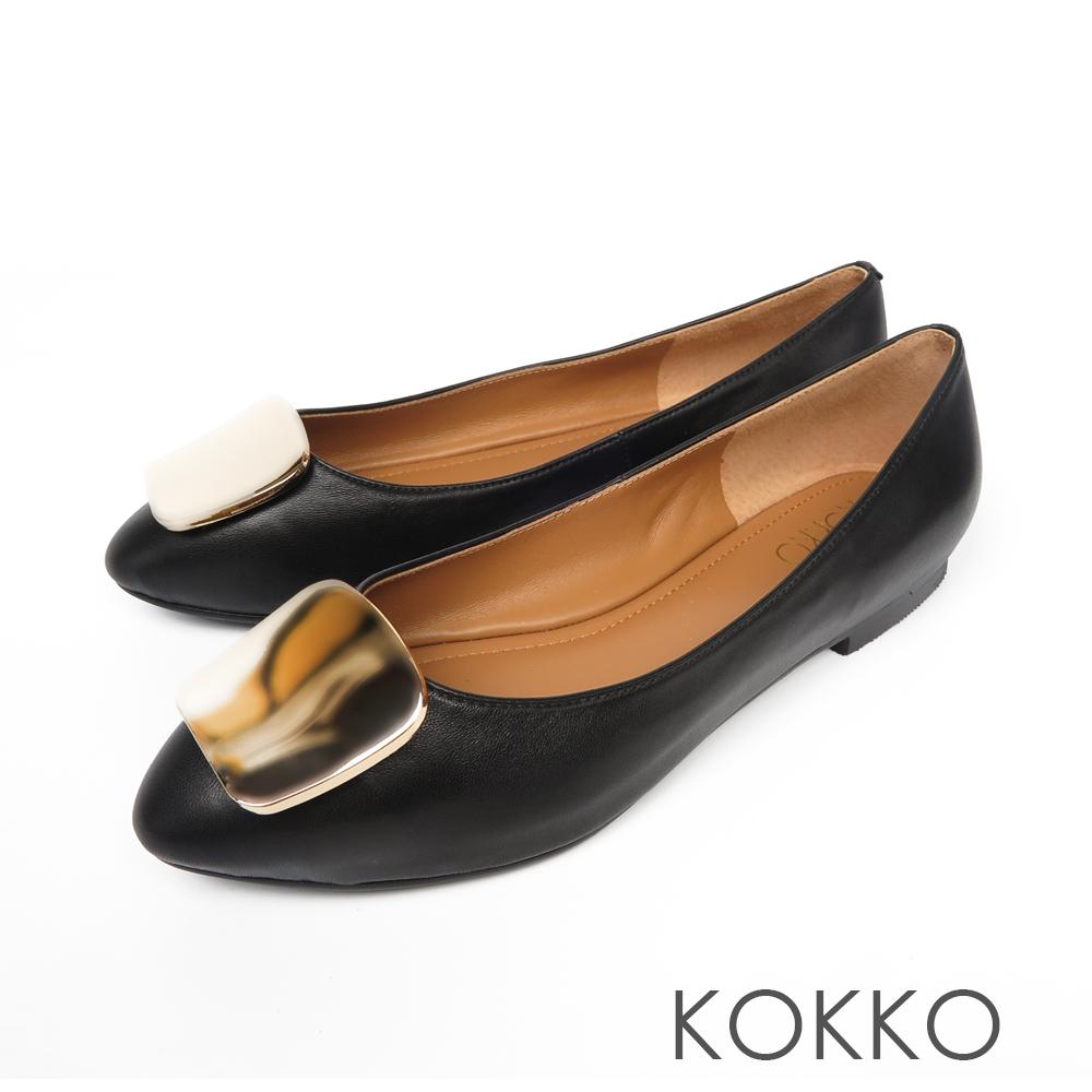 KOKKO - 溫柔的光亮金屬扣手工平底鞋-濃郁黑