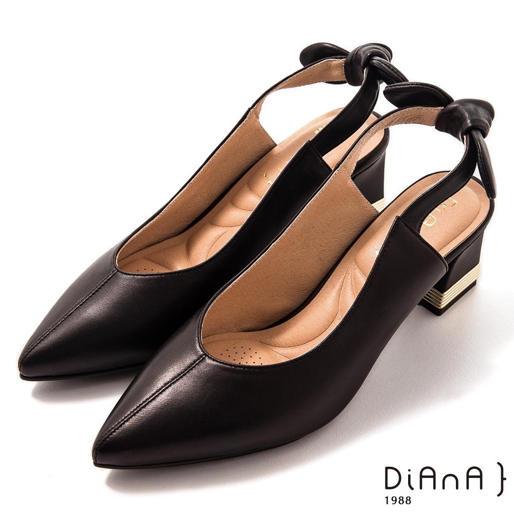 DIANA 7cm 軟羊皮撞色拼接蝴蝶結尖頭穆勒跟鞋-質感氛圍-黑糖