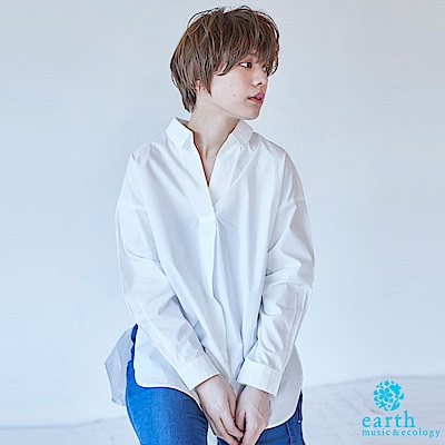 earth music 率性打褶開叉長版襯衫上衣-米色