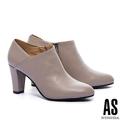 踝靴 AS 時尚優雅V口剪裁純色全真皮高跟踝靴-米
