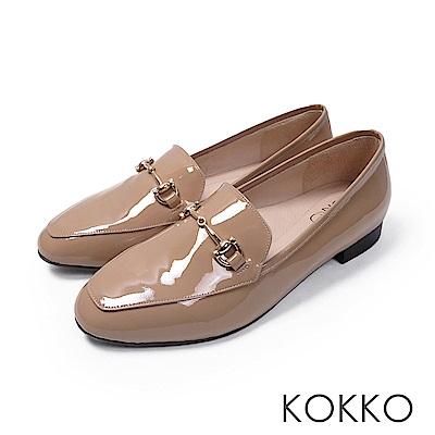 KOKKO  - 雅緻金屬扣環方頭休閒平底鞋-奶茶棕