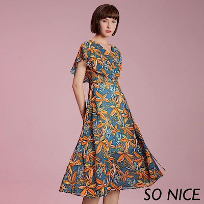 SO NICE亮麗楓葉印花雪紡洋裝