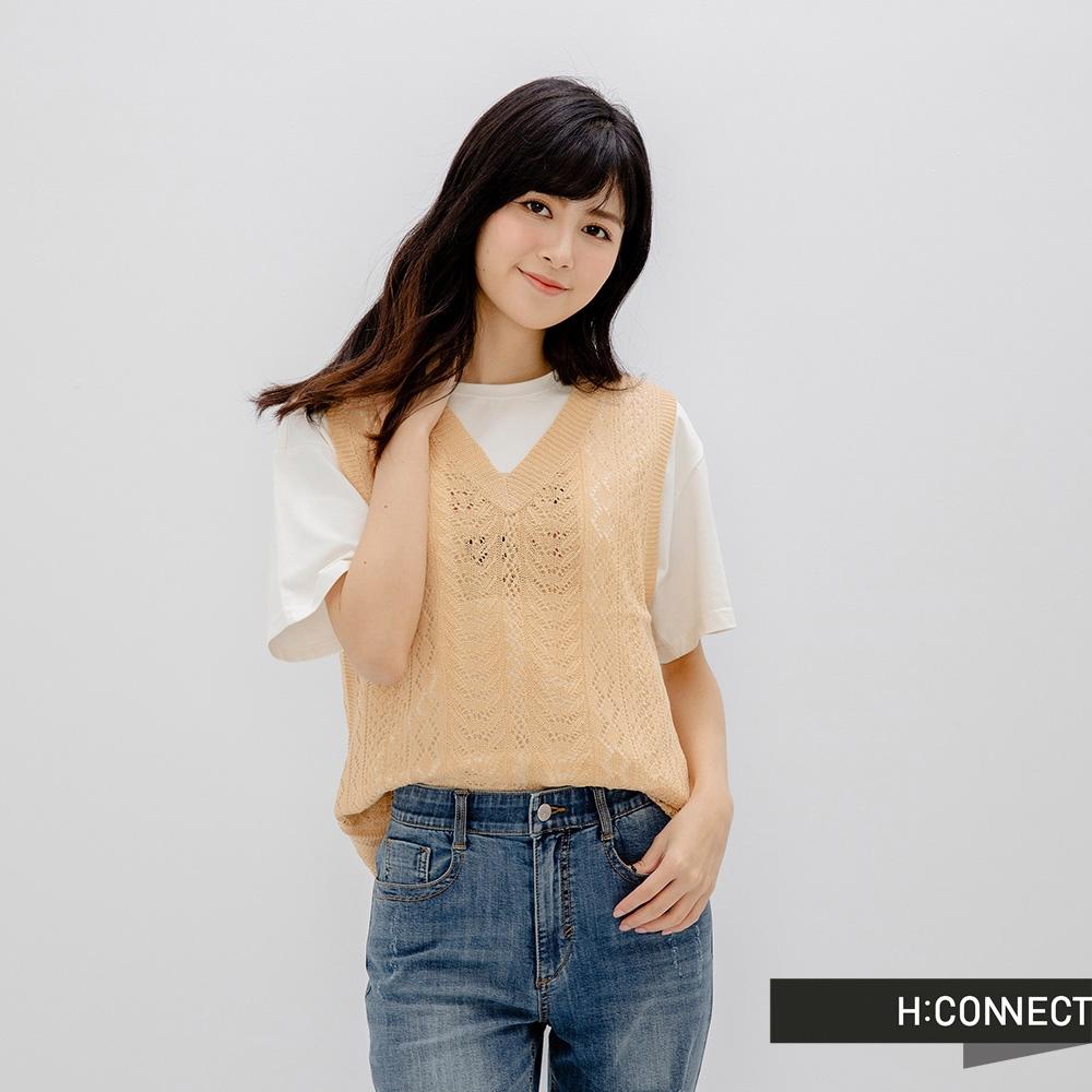 H-CONNECT 韓國品牌 女裝-知性V領鏤空針織背心-淺咖