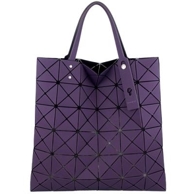 ISSEY MIYAKE 三宅一生BAOBAO斜面壓印方格6x6手提包(紫)