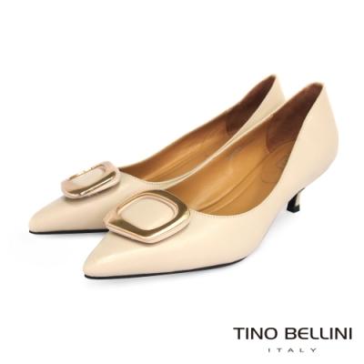 Tino Bellini 細膩全羊皮金釦舒足中低跟鞋_粉膚