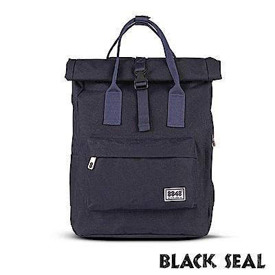 福利品 BLACK SEAL 聯名8848系列- 捲蓋式多隔層休閒後背包- 黑色