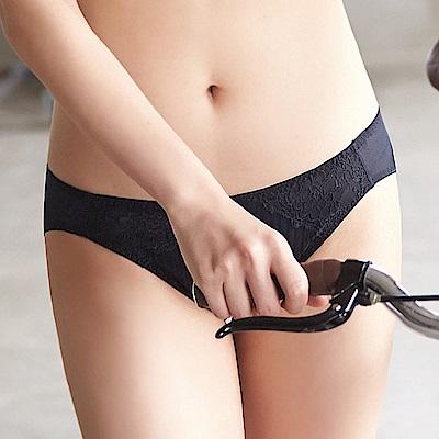 蕾黛絲-親膚好感挺素面搭配低腰內褲M-EL(黑)