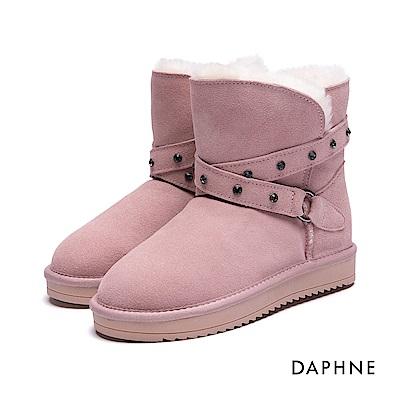 達芙妮DAPHNE 短靴-細帶鉚釘繞踝麂皮長毛絨雪靴-粉紅
