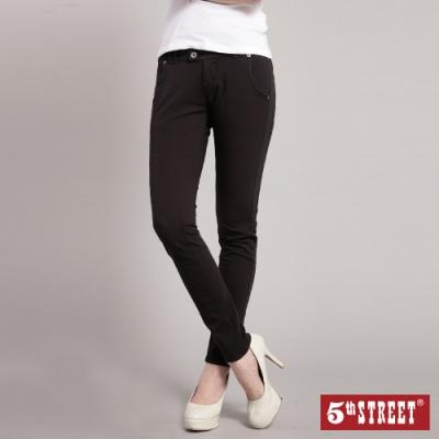 5th STREET 伸縮窄直筒牛仔褲-女-黑色