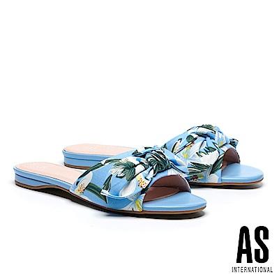 拖鞋 AS 熱帶風情蝴蝶結造型花布低跟拖鞋-藍白