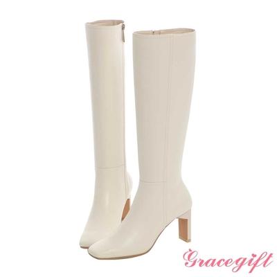 Grace gift X Mandy-聯名俐落方頭幾何高跟長靴 米白