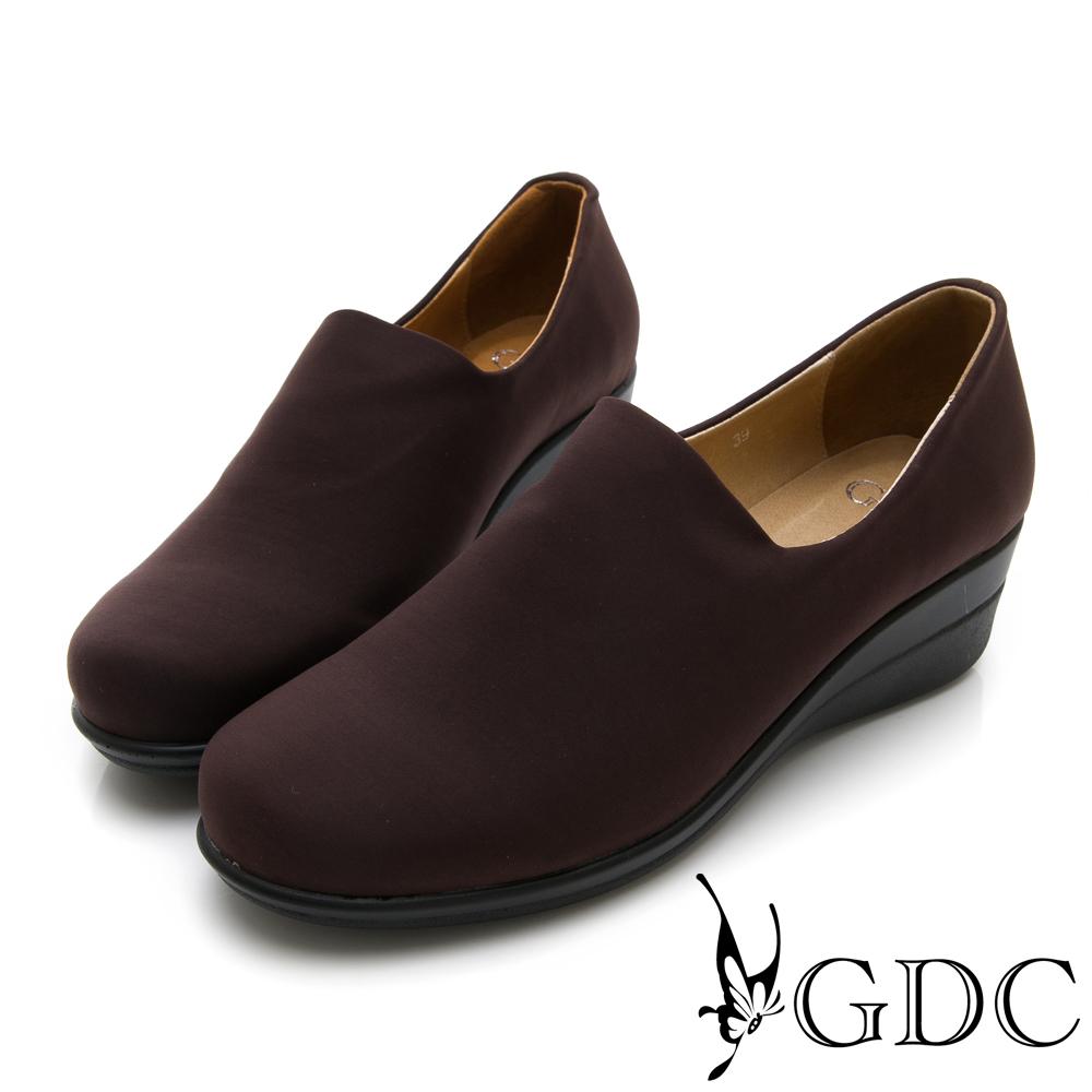 GDC-彈力素面基本百搭上班休閒鞋-咖色