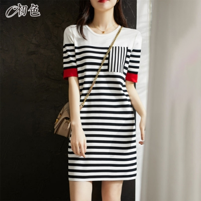 初色  撞色條紋針織連身裙-黑白條紋-(F可選)