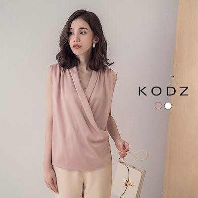 東京著衣-KODZ 知性時尚滑料緞面V領背心上衣(共兩色)