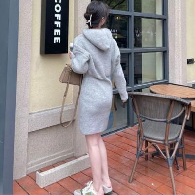 Secret-Closet-連帽包臀毛衣連身裙