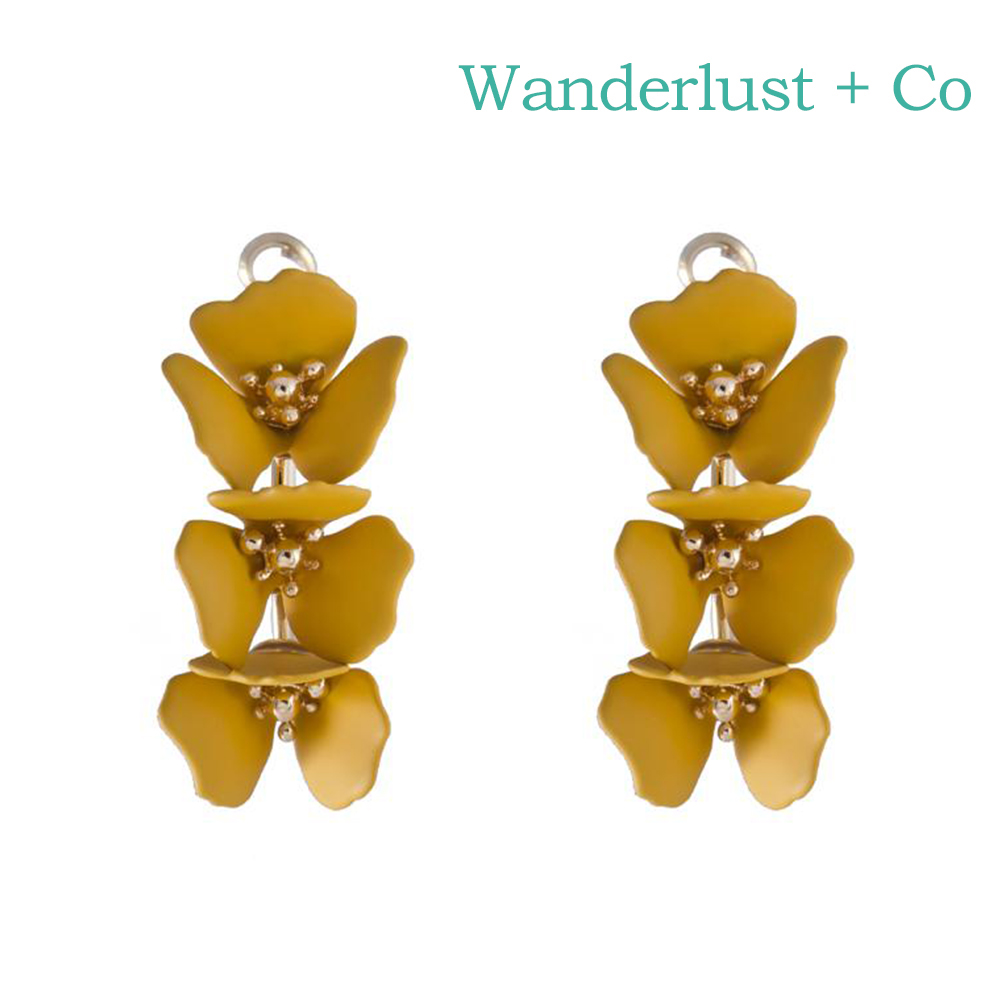 Wanderlust+Co 澳洲時尚品牌 CAMILLA蘭花系列 圓環造型耳環 黃色