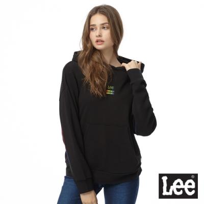 Lee 連帽厚T 彩色文字設計感肩線 女 黑