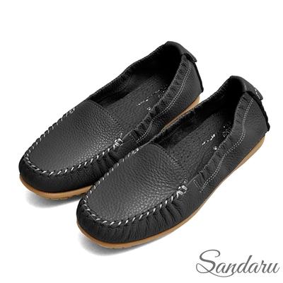 山打努SANDARU-全真皮素面車縫線超軟豆豆鞋-黑