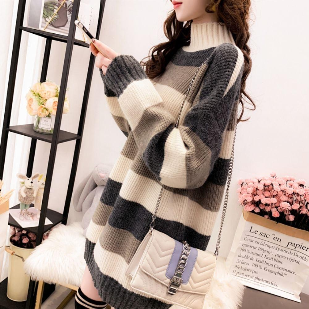 La Belleza半高領橫條三色配色束口袖針織長版毛衣 product image 1