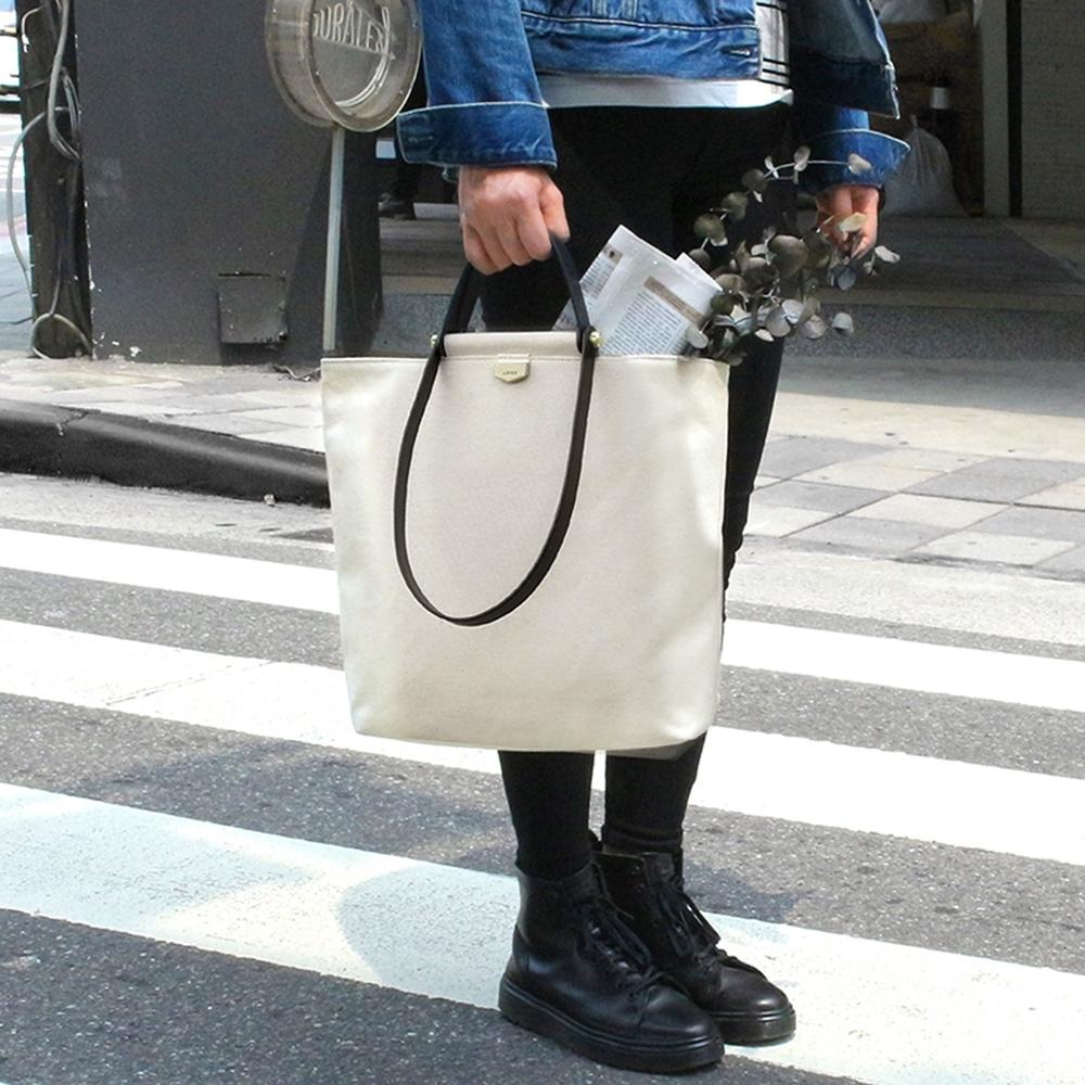 【IBAOBAO愛包包】ADOLE-ADay皮革組合包/米帆布包+黑色提把