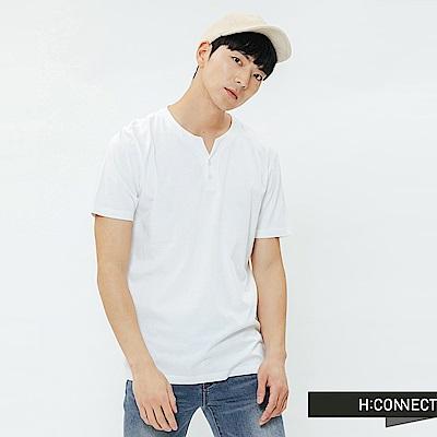 H:CONNECT 韓國品牌 男裝-鈕扣造型素面T-shirt-白