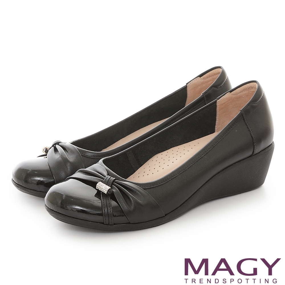 MAGY 真皮抓皺鑽飾楔型 女 中跟鞋 黑色