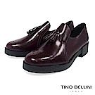 Tino Bellini 義大利進口臘感皮革雕花小流蘇樂福鞋 _ 酒紅