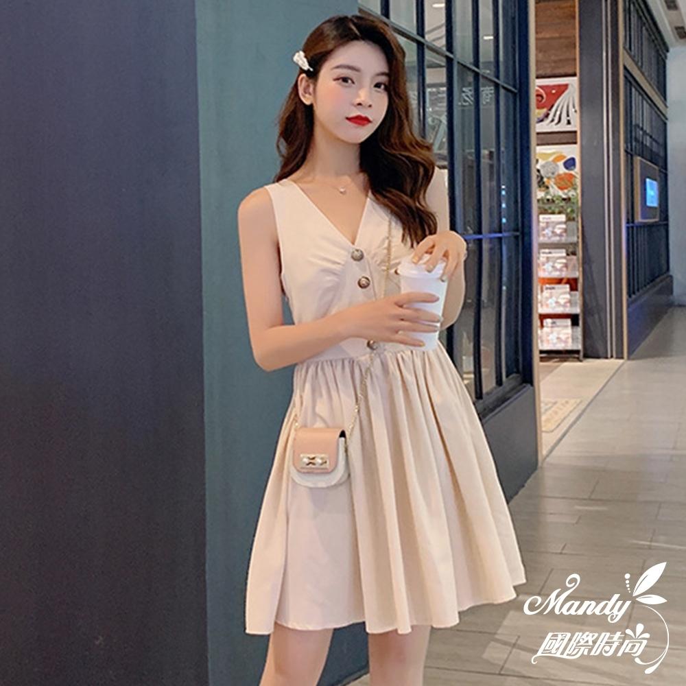 Mandy國際時尚 無袖洋裝 百搭V領高腰顯瘦單排扣連身裙
