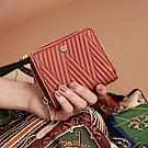 Maria Carla手拿皮夾-羊皮V線條拉鏈短夾_完美格調、迷漾輕時尚系列(鮭魚粉)