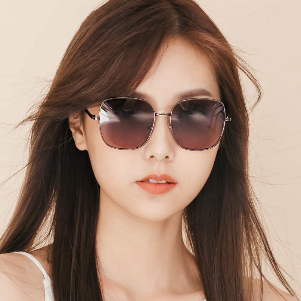 ALEGANT韓系超人氣水藍金魚粉漸層鈦銀方框偏光墨鏡│UV400太陽眼鏡│梵蒂岡的廣場晨暮