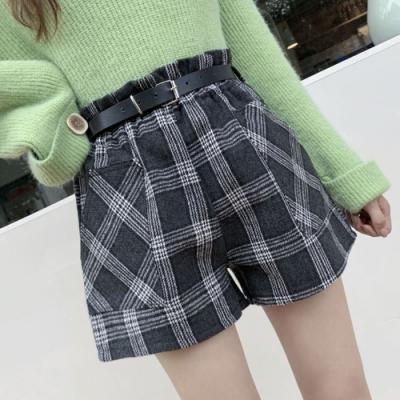 La Belleza高腰荷葉鬆緊腰側邊大口袋格紋毛料短褲
