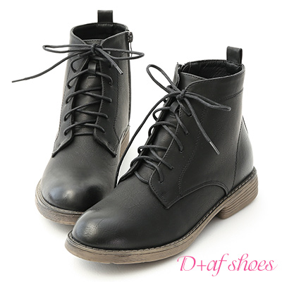 D+AF 都會酷感.仿舊感刷色綁帶短靴*黑