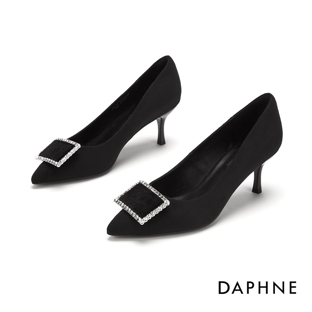 達芙妮DAPHNE  高跟鞋-鑽飾方扣尖頭高跟鞋-黑