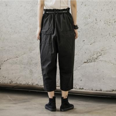 設計所在Style-早秋暗黑風多扣裝飾休閒寬鬆直筒九分褲