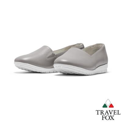 TRAVEL FOX(女) 喜悅的三角鞋楦牛皮舒適休閒樂福鞋 -灰