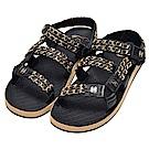 CHANEL 經典雙C LOGO小牛皮金屬鍊帶造型涼鞋(黑)