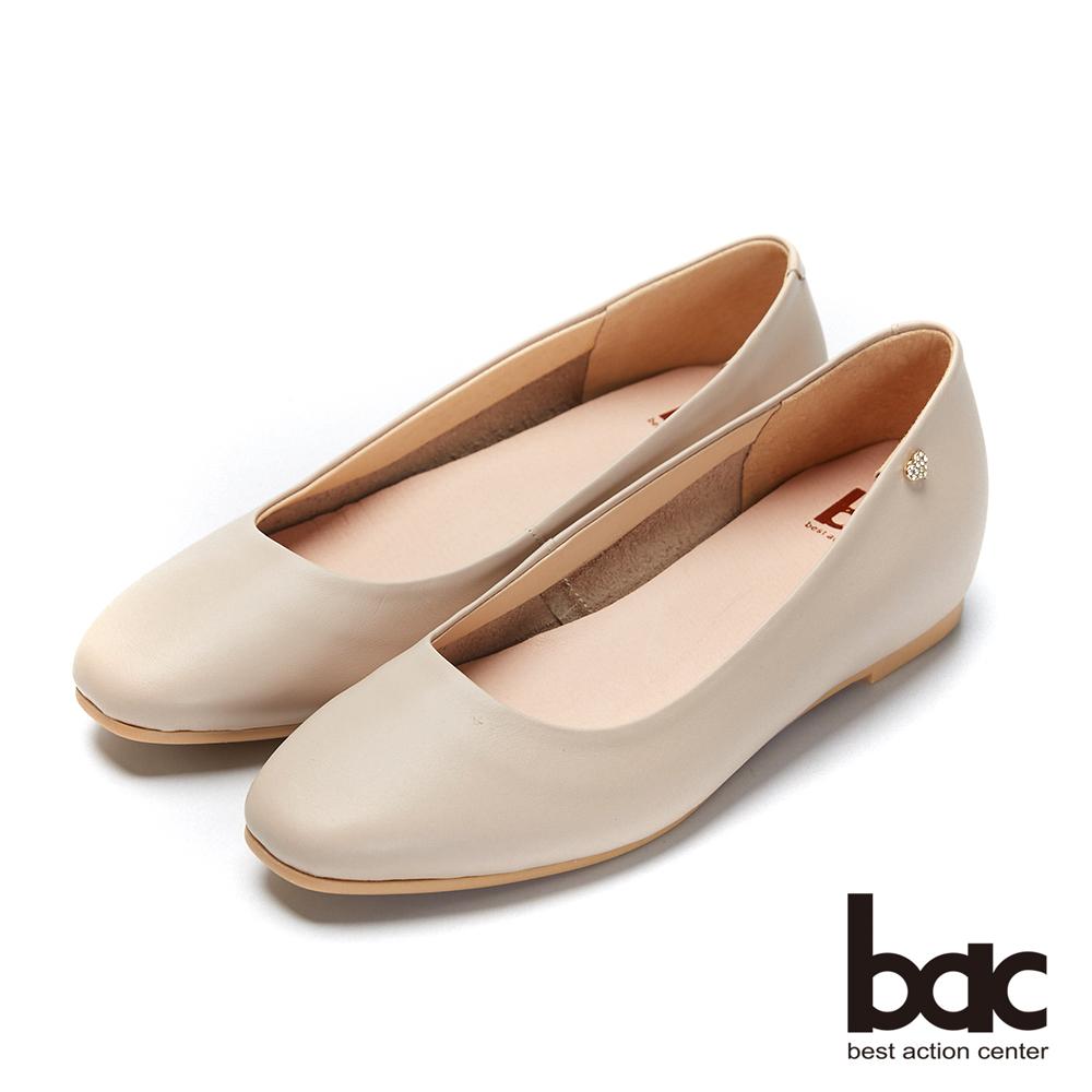 bac愛趣首爾- 簡約無內裡側邊愛心鑽飾內增高平底鞋-粉膚