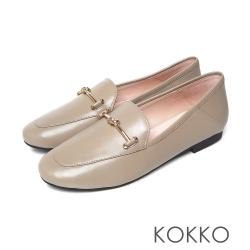 KOKKO經典扭結金屬牛皮舒適平底鞋中性灰