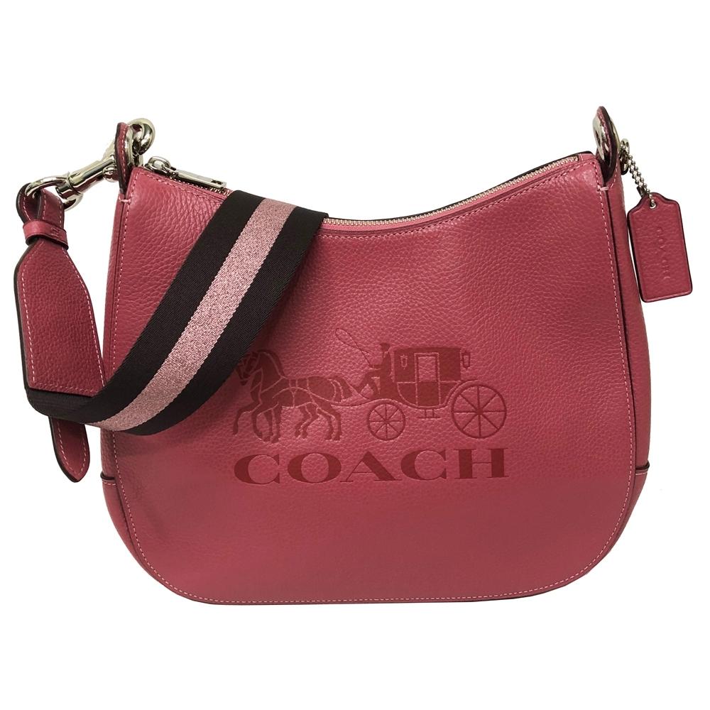 COACH 新款大馬車LOGO牛皮寬版背帶肩背馬鞍包(乾燥玫瑰粉)