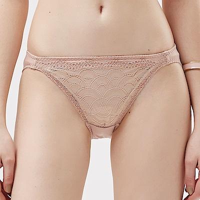 思薇爾 霓情舞漾系列M-XL蕾絲低腰三角內褲(彩膚色)