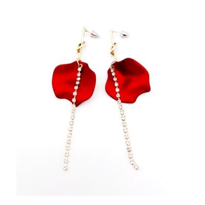 HERA 赫拉  瑪莉玫瑰花瓣鑽鍊流蘇耳環