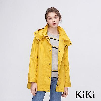 KiKi INLook 輕薄休閒連帽中長版排釦外套(芥黃色)