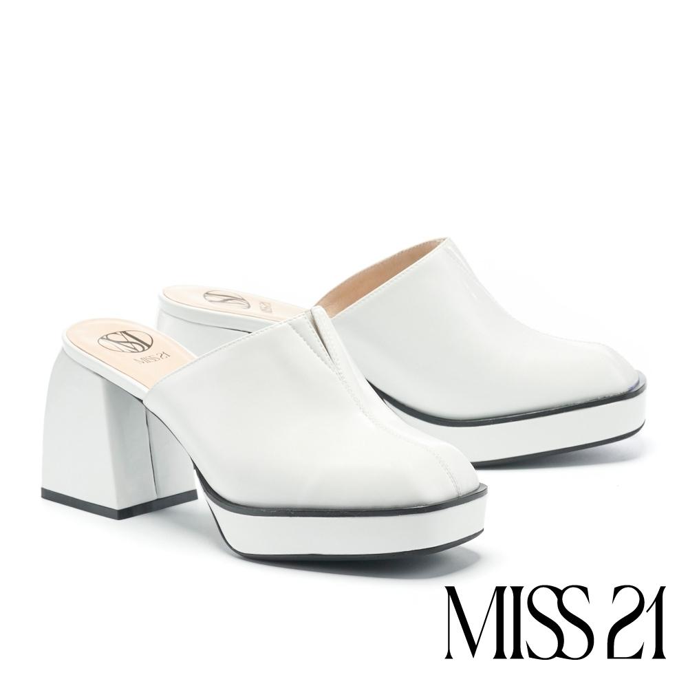 拖鞋 MISS 21 個性叛逆復古方頭胖胖粗高跟穆勒拖鞋-白