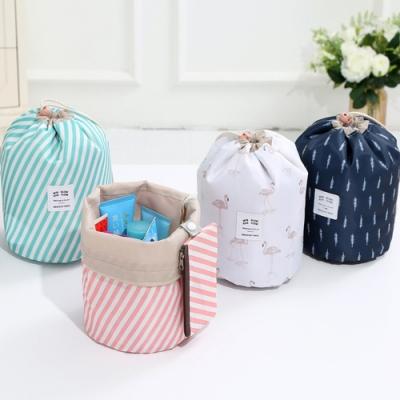 iSFun 舖棉束口 盥洗化妝撞收納圓桶包 3色可選