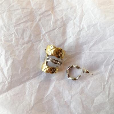 梨花HaNA 日本設計明星同款疊戴金銀金屬感耳環