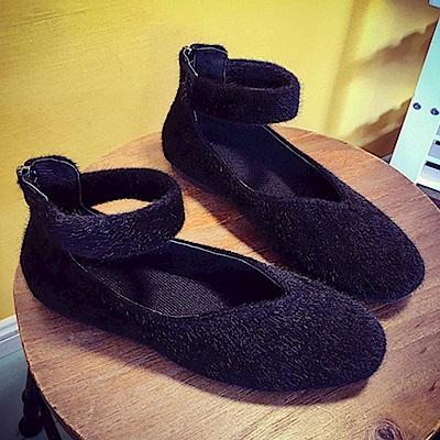 KEITH-WILL時尚鞋館 甜美可愛毛絨百搭平底鞋-黑色