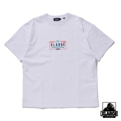 XLARGE S/S HEAVYWEIGHT TEE BILLBOARD 刺繡重磅短T-白