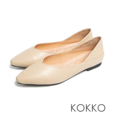 KOKKO超彈力小羊皮寬版方頭可後踩平底鞋淡米色