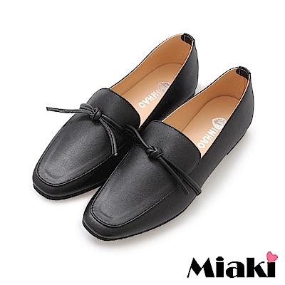 Miaki-樂福鞋小資必buy平底休閒鞋-黑