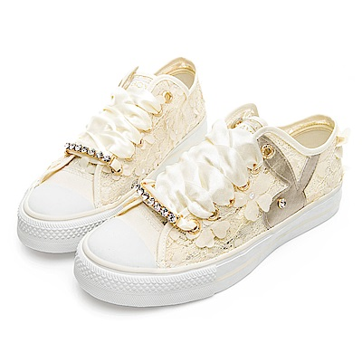 PLAYBOY 浪漫蕾絲透膚帆布鞋-米-Y520333
